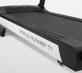 Беговая дорожка Carbon Premium World Runner T1. Фото N15